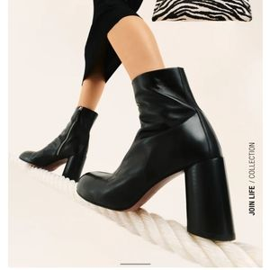 NWT ZARA Leather Heeled Round Toe Ankle Boots